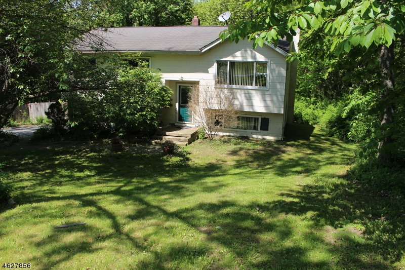12 Grove Dr, Vernon Twp.,  07461