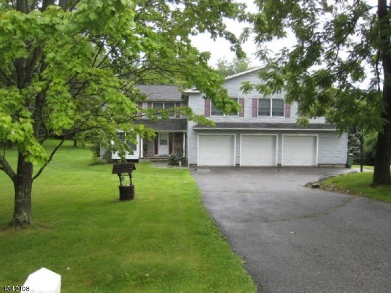 7 Victoria Crossing Rd, Knowlton Twp.,  07832