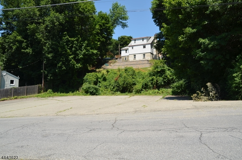 3 Walton Street, Stanhope Boro, NJ 07874
