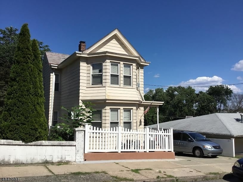 11 Westervelt Ave, Hawthorne Boro,  07506