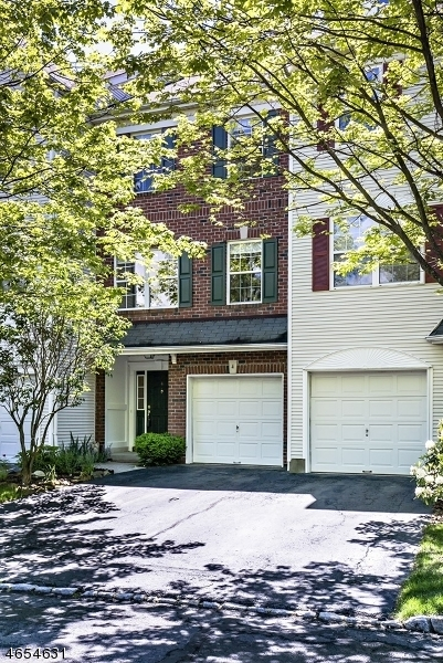 4 Hale Ct, Bernards Twp.,  07920