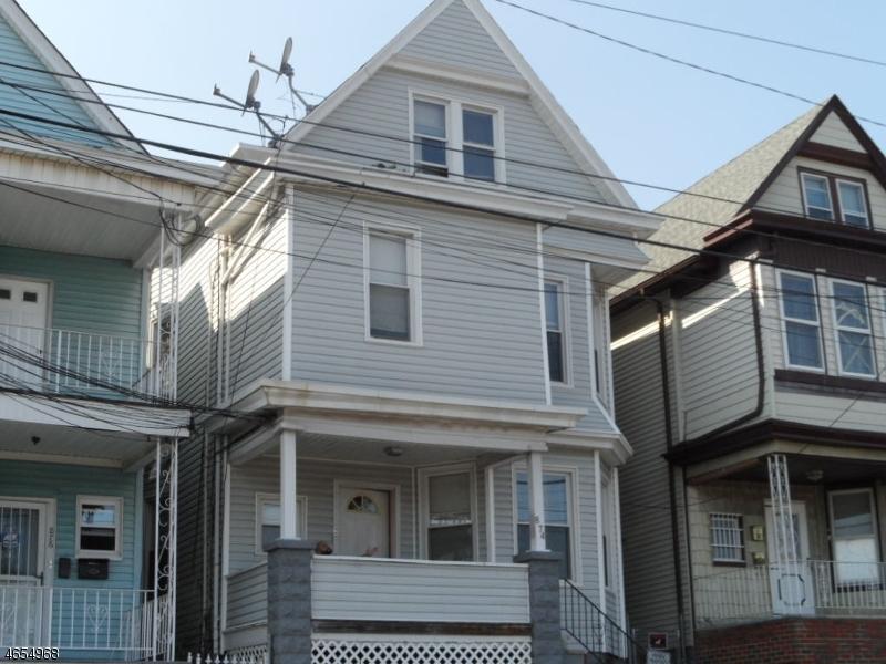 874 E 19th St, Paterson City, NJ 07501