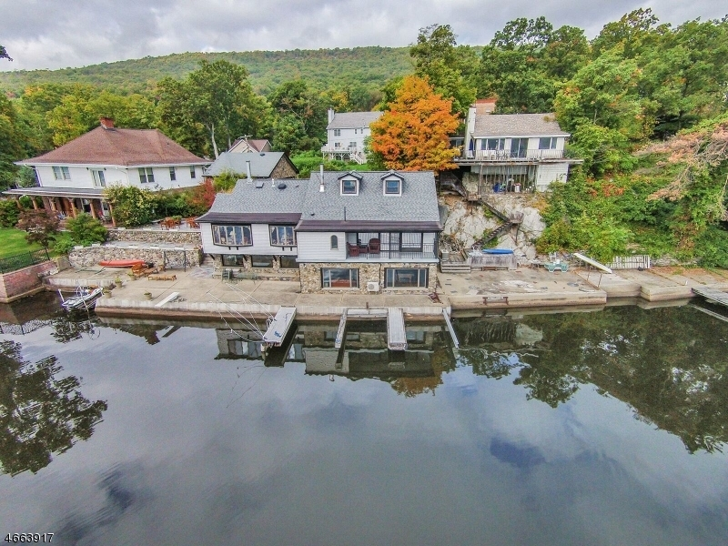 176 Lake Shore Rd, Greenwood Lake,  10925