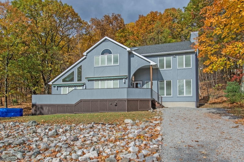 21 Mountain Ave, Frankford Twp.,  07826