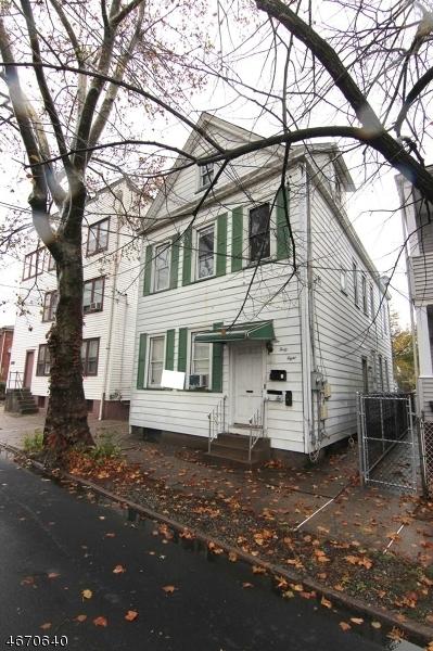 248 River Dr, Garfield City, NJ 07026