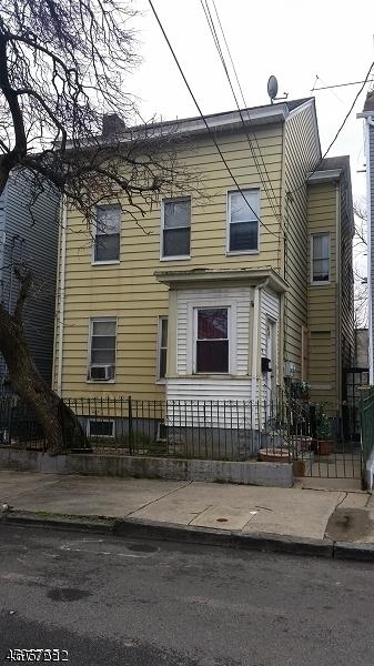 39 Hillman St, Paterson City,  07522