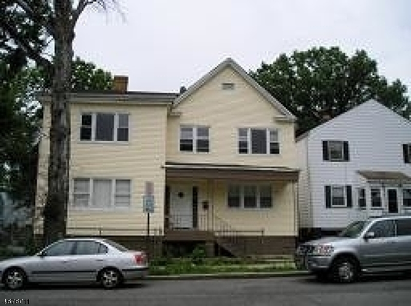 13 Evergreen Ave, Newark City,  07114