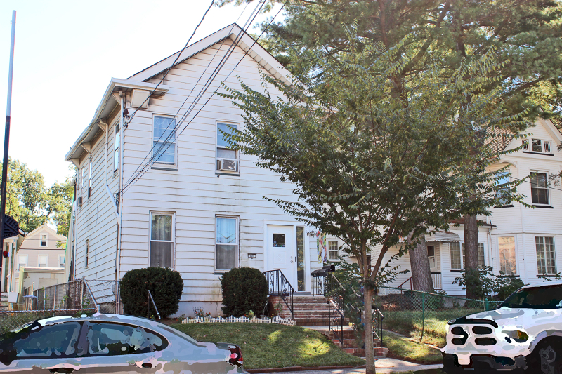 104 Clinton St, Rahway City,  07065