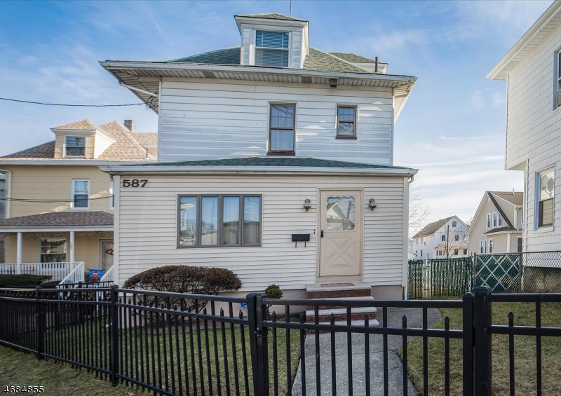 587 Clifton Ave, Clifton City,  07011