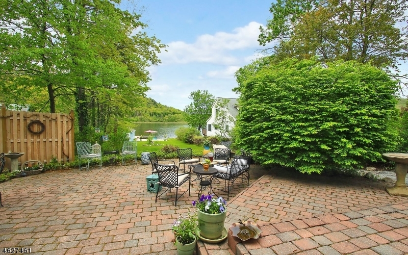 46 Myrtle Ave, Frankford Twp.,  07826