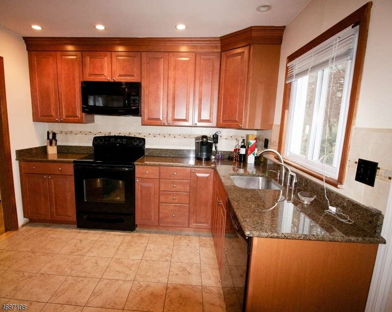 1938 Valley Rd, Long Hill Twp.,  07946