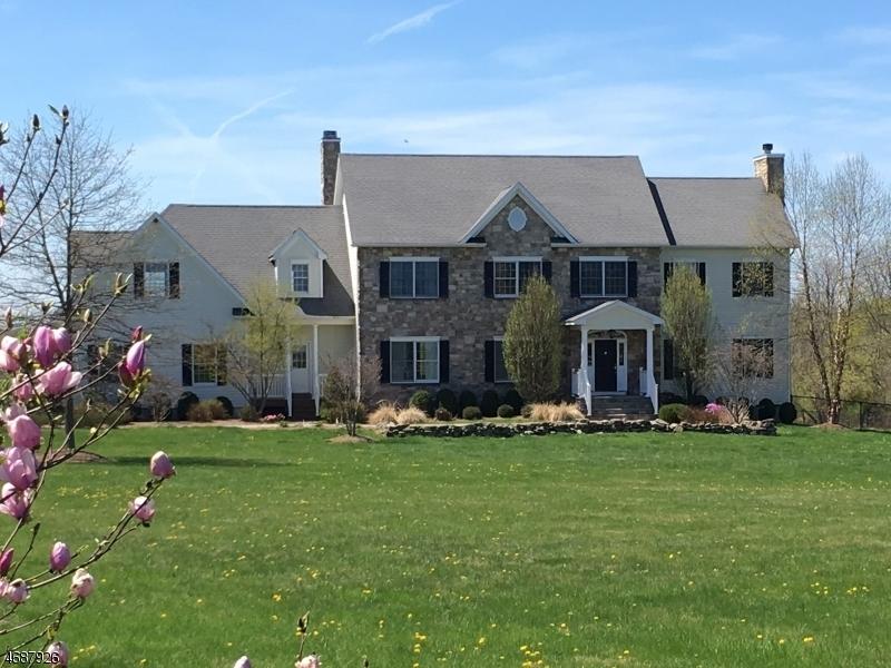 28 Rittenhouse Rd, Delaware Twp.,  08559