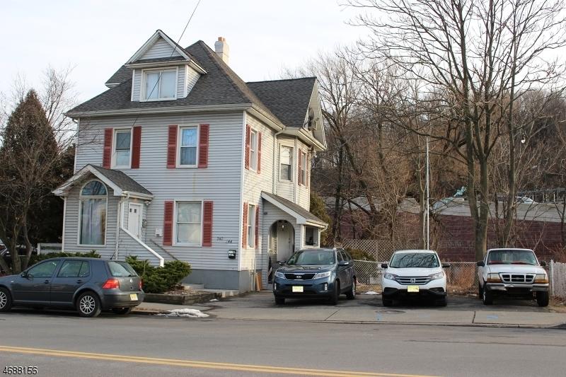 242 E Blackwell St, Dover Town, NJ 07801