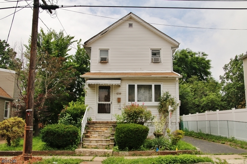 1219 Monmouth Ave, Linden City,  07036