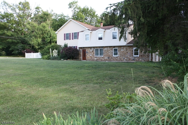 494 Route 173, Greenwich Twp.,  08886