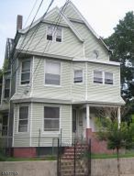253 Governor St, Paterson City,  07501