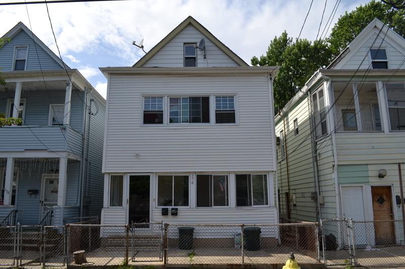 376 Highland Ave, Passaic City, NJ 07055