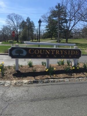 Photo of 102 Countryside Dr, Bernards Township, NJ 07920