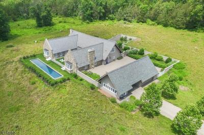Photo of 145 Old Farm Rd, Bedminster Township, NJ 07921