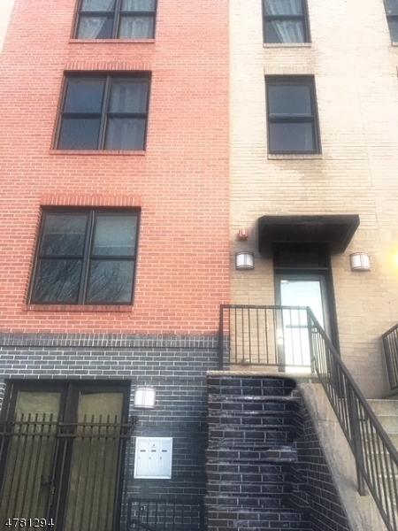 454 Washington St, Newark City,  07102