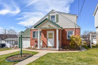 15 Oak Grove Ave, Hasbrouck Heights Boro,  07604