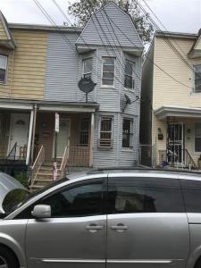 208 Lembeck Ave, Jc Greenville, NJ 07305