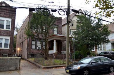 21 Woodlawn Ave, Jc Greenville, NJ 07305