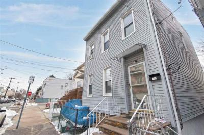 Photo of 295 Pearsall Ave, Jc West Bergen, NJ 07305