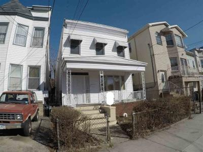 Photo of 174 Bayview Ave, Jc Greenville, NJ 07305