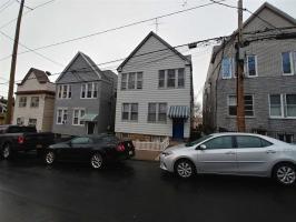 265 Liberty Ave, Jc Heights, NJ 07306
