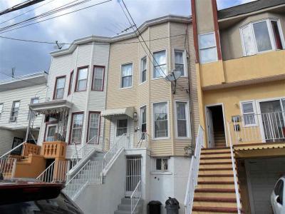 Photo of 156 A Lexington Ave, Jc West Bergen, NJ 07304