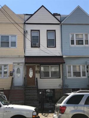 Photo of 75A Lexington Ave, Jc West Bergen, NJ 07304