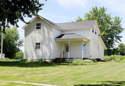 Photo of 808 Elm Street, Williamsburg, IA 52361