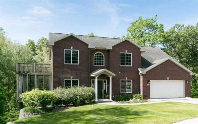 Photo of 806 Timber Ct, Coralville, IA 52241