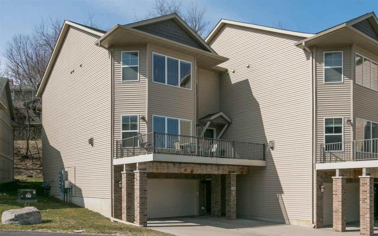 275 Holiday Road, Coralville, IA 52241