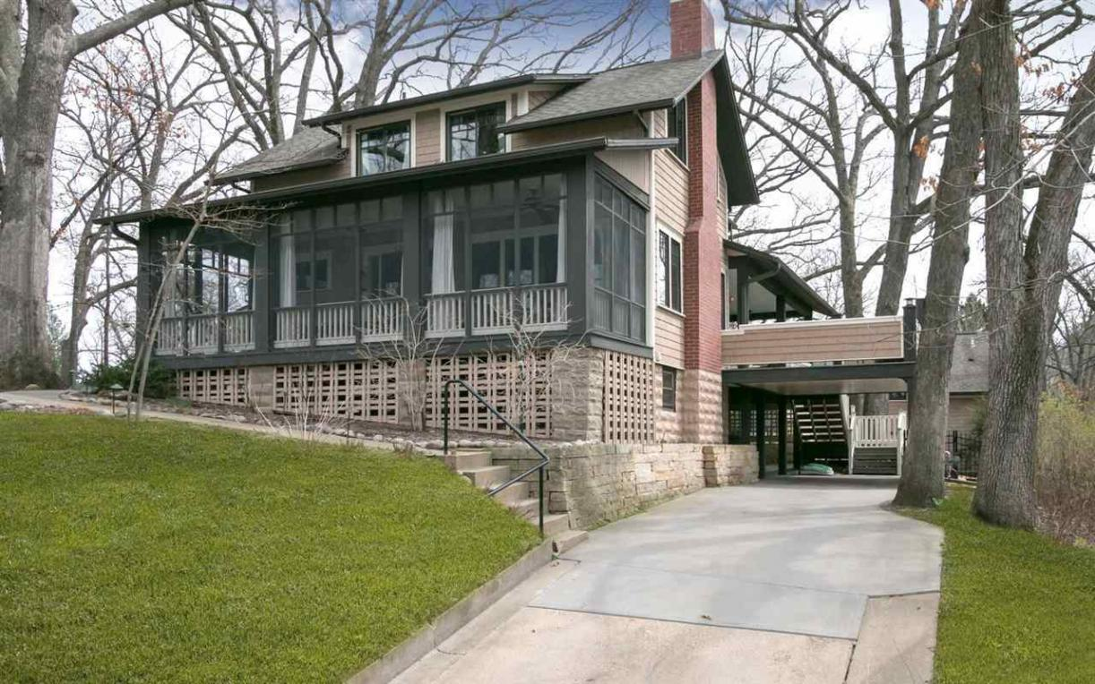 322 Mullin Ave, Iowa City, IA 52246