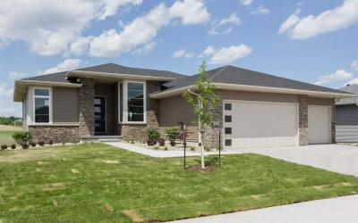 Photo of 875 Grouse Ln, North Liberty, IA 52317