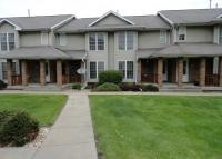 628 West Side Dr, Iowa City, IA 52246