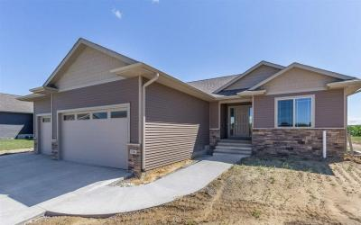 Photo of 1106 Wood Lily Rd., Solon, IA 52333