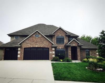 Photo of 2867 High Bluff Dr, Coralville, IA 52241