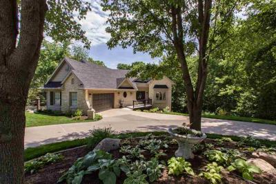 Photo of 1505 Brown Deer Rd, Coralville, IA 52241