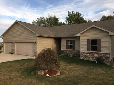 Photo of 721 Timber Ridge Ct, Tiffin, IA 52340