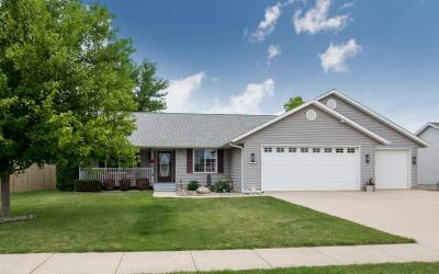 Photo of 354 Oriole Ct, Tiffin, IA 52340