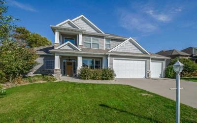 Photo of 2939 High Bluff Drive, Coralville, IA 52241