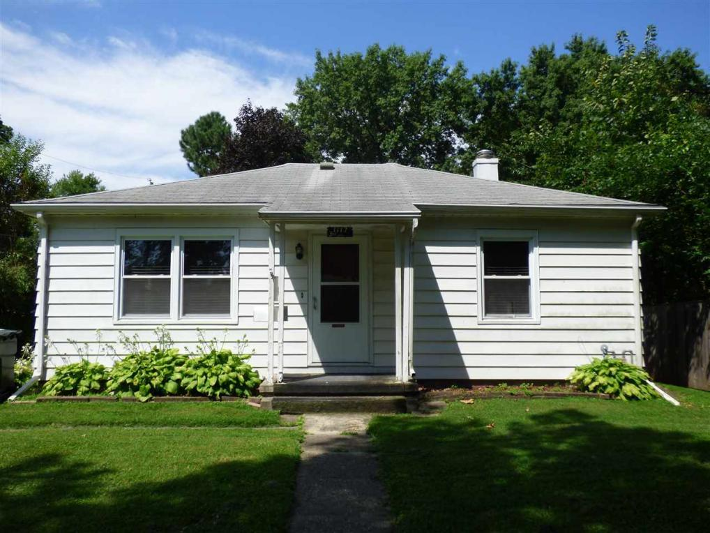 1117 3rd Ave, Iowa City, IA 52245