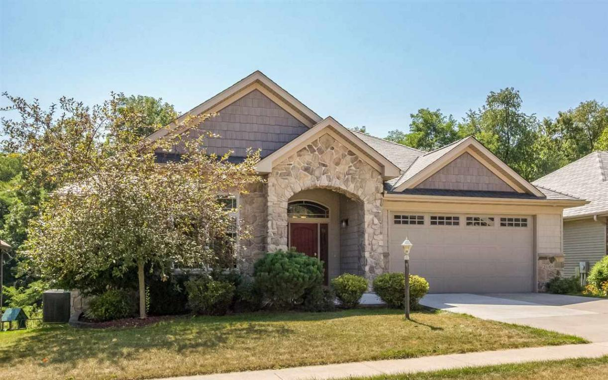 2166 Dempster, Coralville, IA 52241