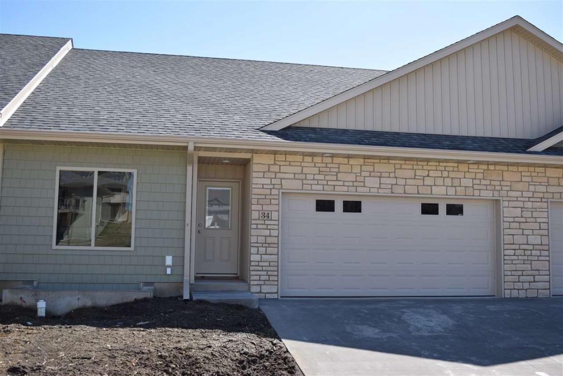 34 Renee Lane, Tiffin, IA 52340