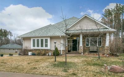 Photo of 2253 Dempster Dr., Coralville, IA 52241