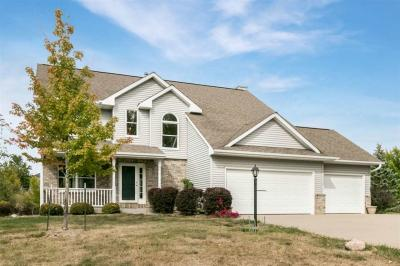 Photo of 405 Knowling Dr, Coralville, IA 52241