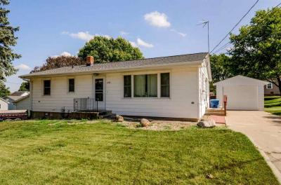 Photo of 205 Elm St., Williamsburg, IA 52361